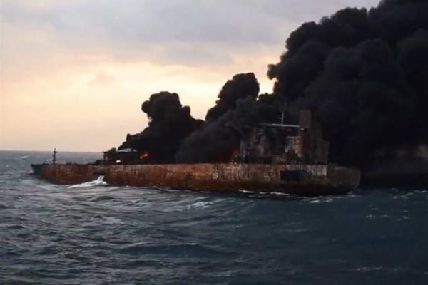 ✅ پیکر سه تن از خدمه نفتکش سانچی امروز به ایران میآید