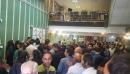عکس :تجمع دارندگان حساب در موسسه مالی اعتباری ثامن ﺷﺎﻫﺮﻭﺩ در پی شایعه ورشکستگی این مؤسسه